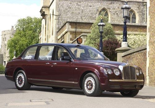 ...宾利历史典藏车型中,还包括具有里程碑式意义的宾利欧陆R型车...
