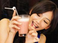 粉红女郎最爱嫩白排毒特调名饮