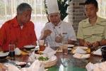 蔡澜坐镇顶级厨房 苏式园林上演穿越戏码