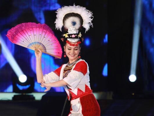 中国丽人:第五代刘三姐.最炫民族风