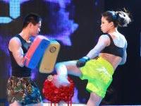 中国丽人-20121229-决赛第八场陈建斌被晒龙套照 杨澜变装沈阳十三衩